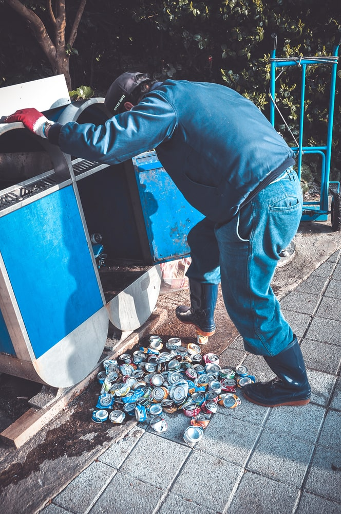 is dumpster diving safe